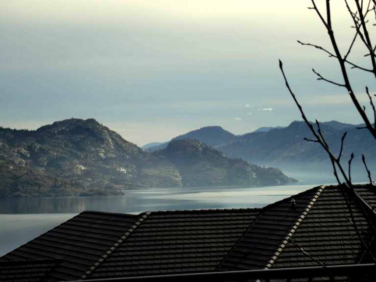 Picture of Okanagan Lake and mountains